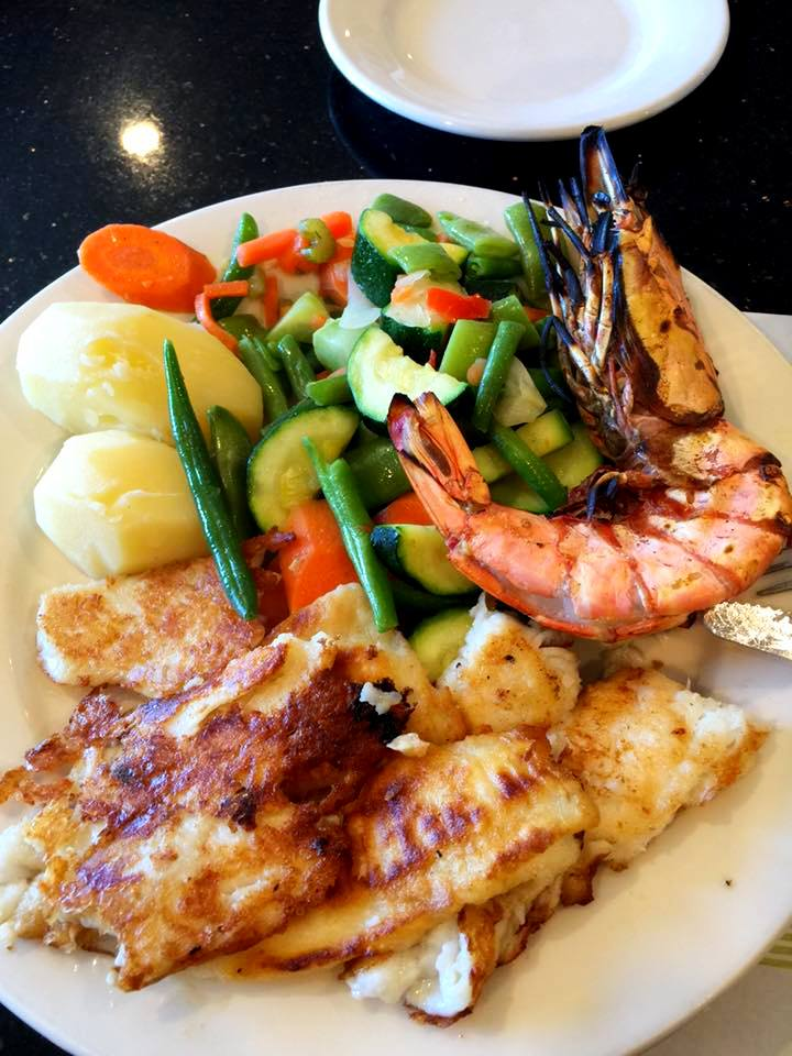 Grilled fish fillet jumbo shrimp