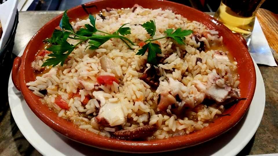 Arroz de polvo ; Octopus in rice