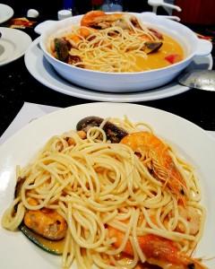 Espaguetti c/Mariscos - Seafood W/Espaguetti